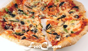 Spicy Olive and Green Onion Pizza